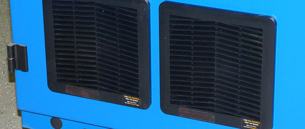 Vented filtered fan system Nema 12 Rack Enclosure