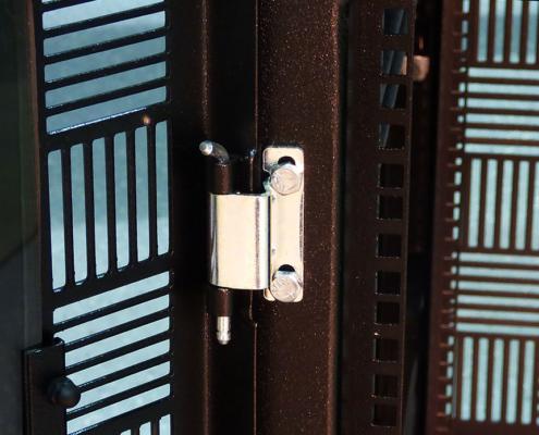 NS302437 NetStation Vented Rack Enclosure ITSENCLOSURES front door pin