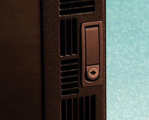 NS302437 NetStation Vented Rack Enclosure ITSENCLOSURES front door lock